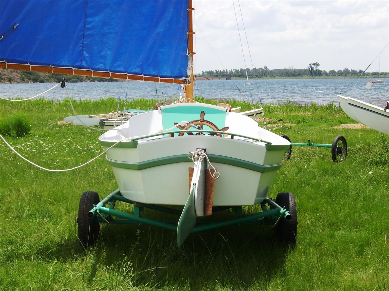 Sailboat Trailer For Sale >> Weekender Sailboat On Trailer For Sale