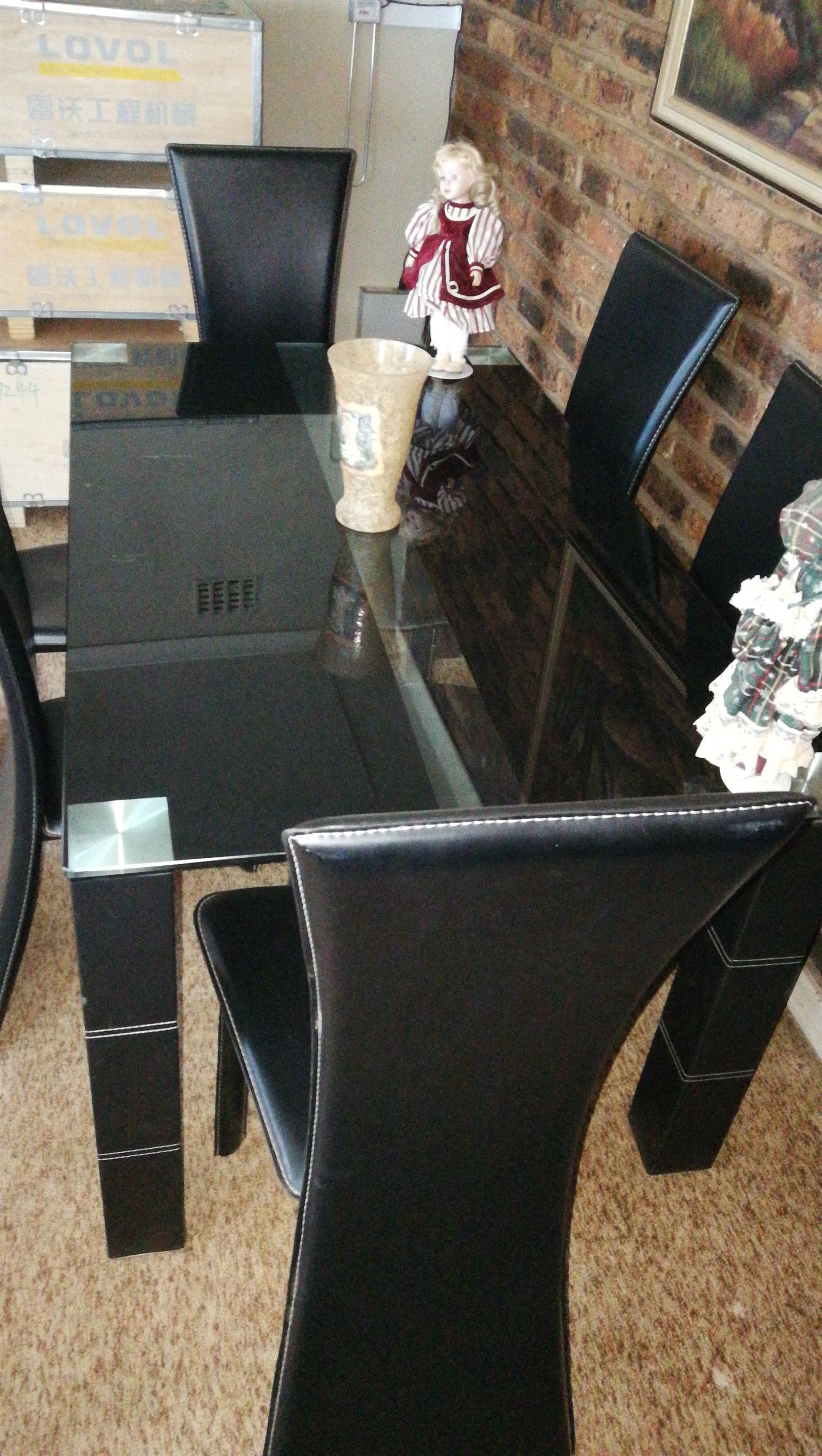 6 Seater modern dinning room set