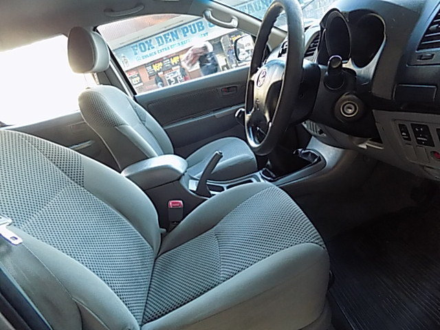 2008 Toyota Hilux double cab HILUX 2.4 GD 6 RB S P/U D/C