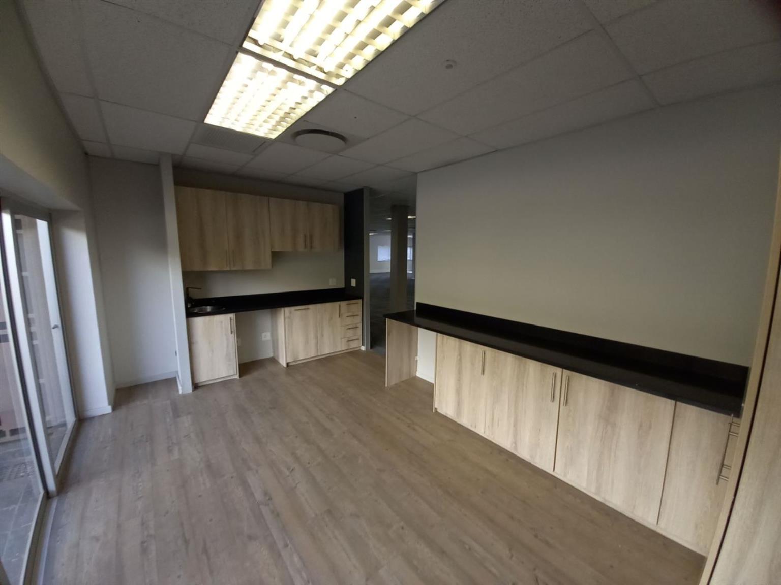 Office Rental Monthly in Longmeadow