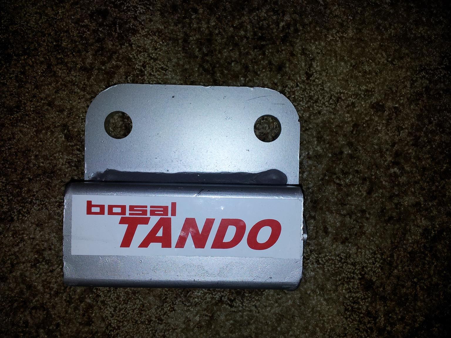 TANDO caravan stabiliser - NEW