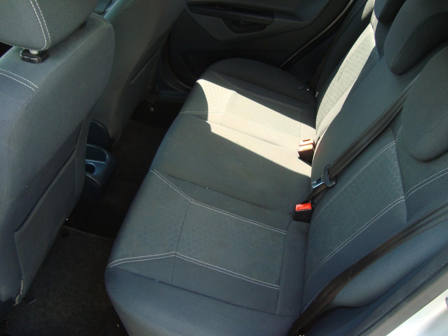 2009 Ford Fiesta 1.6 5 door Titanium