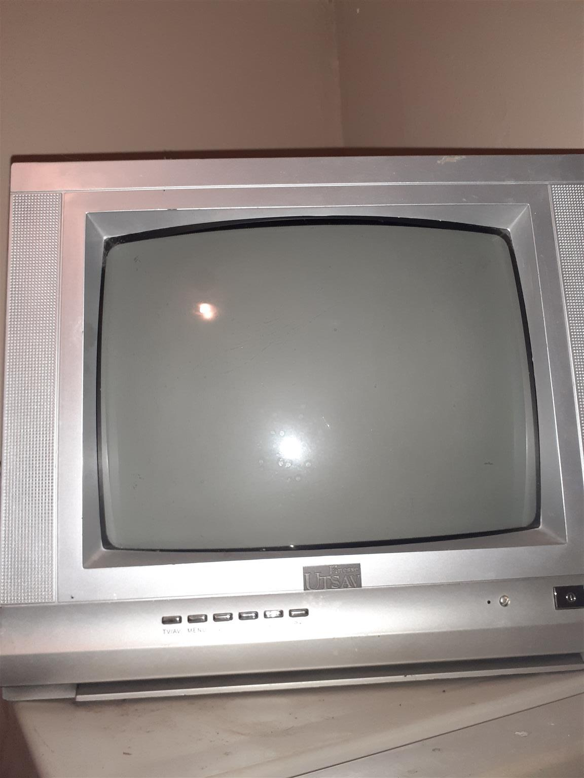 FINESSE UTSAV Color Box TV. In Working Condition without remote.