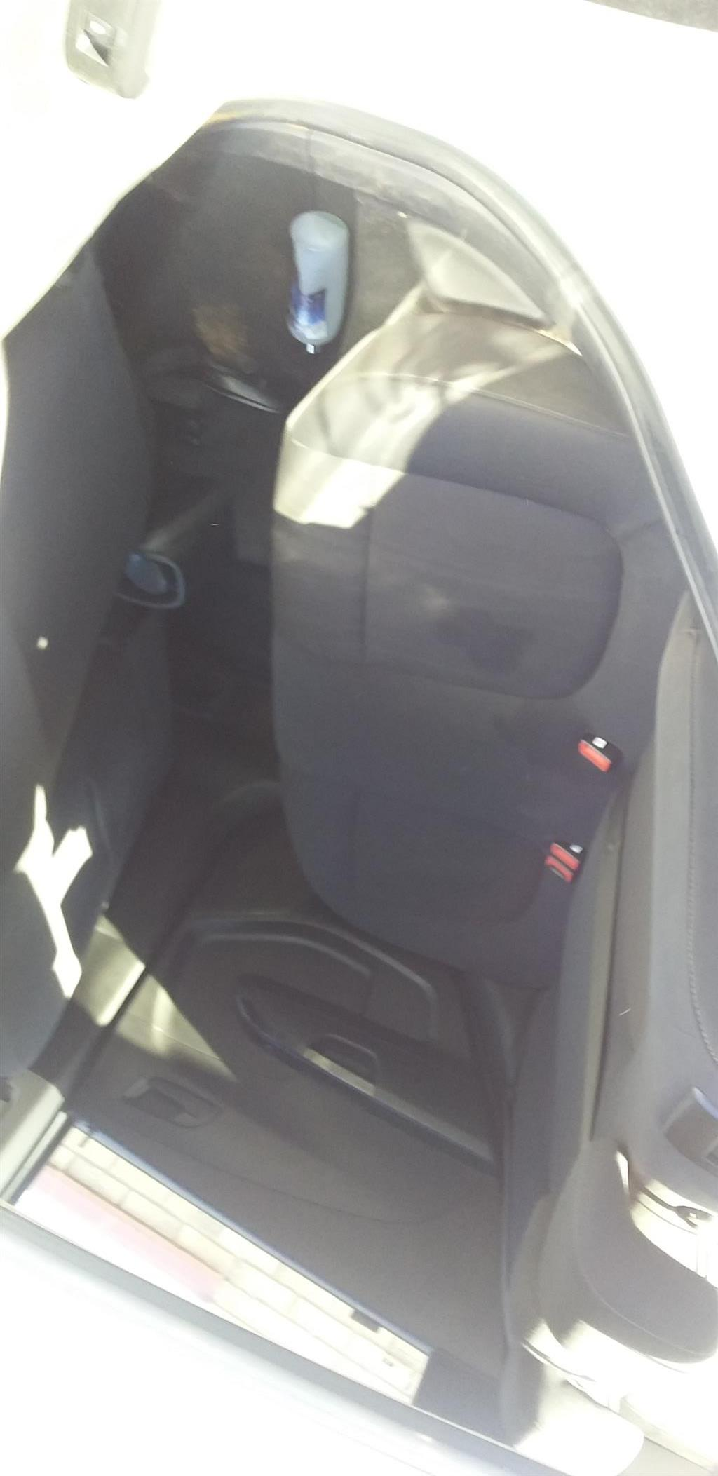 Am selling my chev. Sonic 1.4