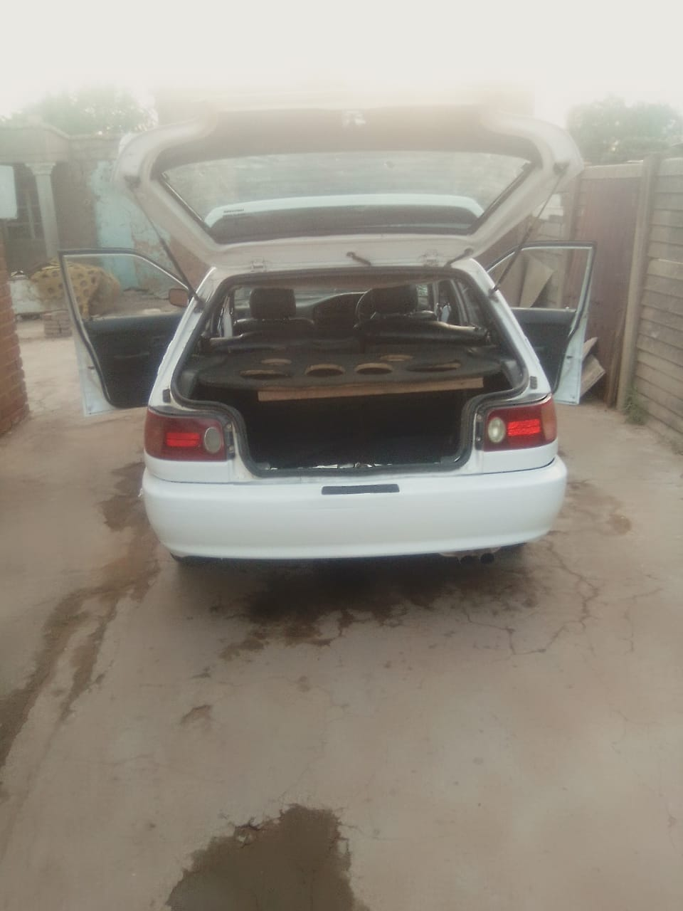 Toyota Tazz 16 velve all papers in order