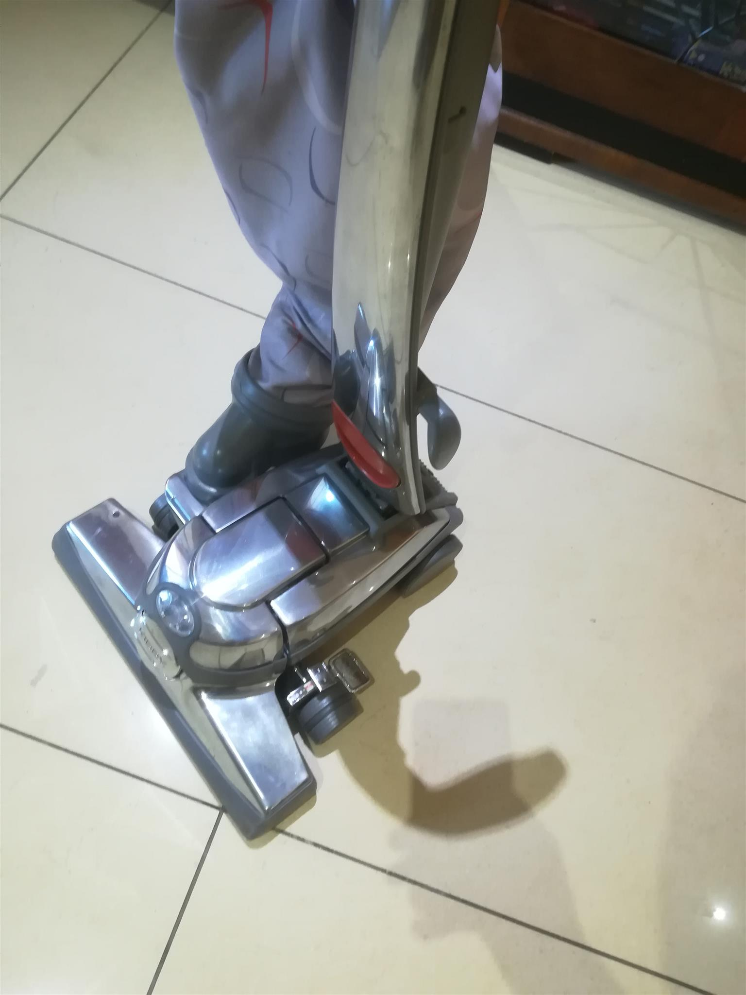 KIRBY SERVICING R350