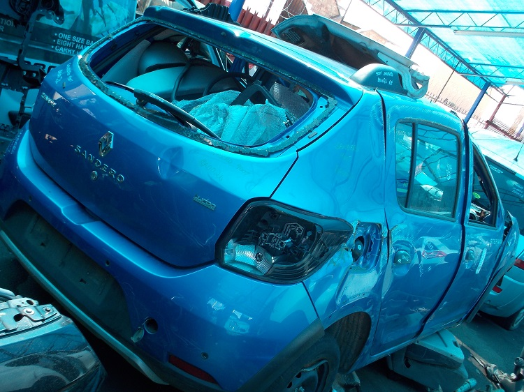 RENAULT SANDERO II STEPWAY 900T STRIPPING FOR SPARE PARTS