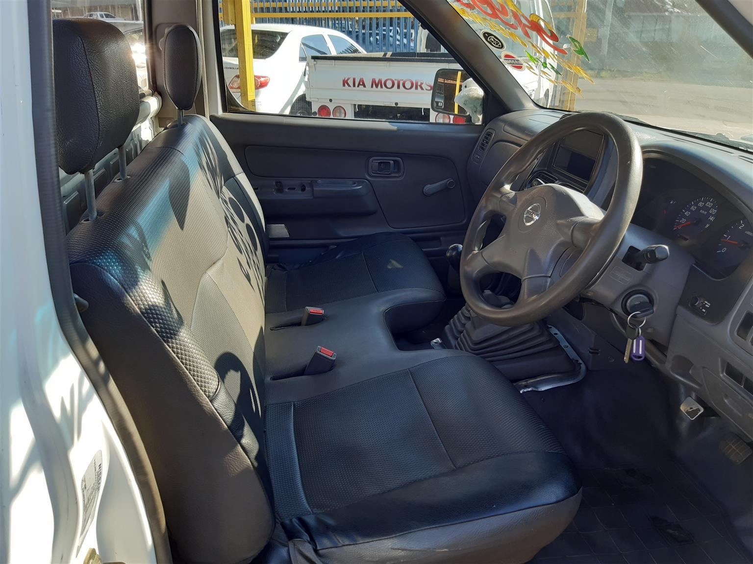 2010 Nissan NP300 YD 2.5 4x4 Diesel LWB