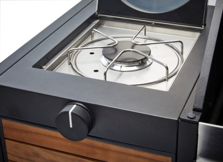 Meridian Woody 3 Gas Braai with side burner and Gas bottle for sale