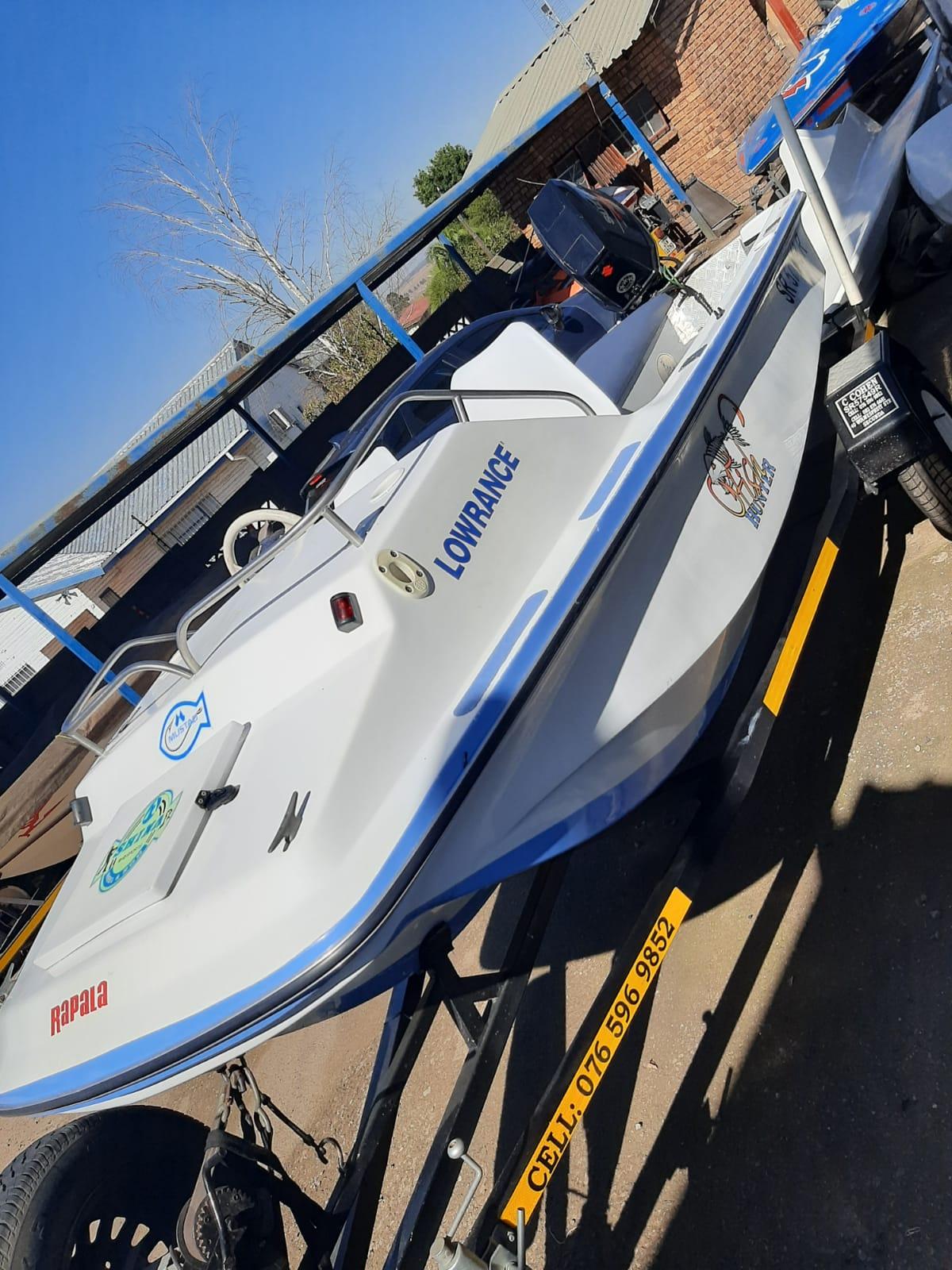 Arrow Ski Boat