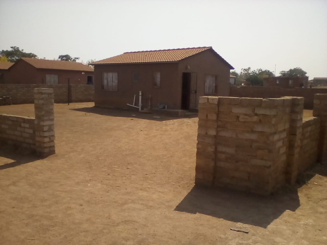 SPACIOUS STAND 2BEDROOMS AT MABOPANE, WINTERVELDT