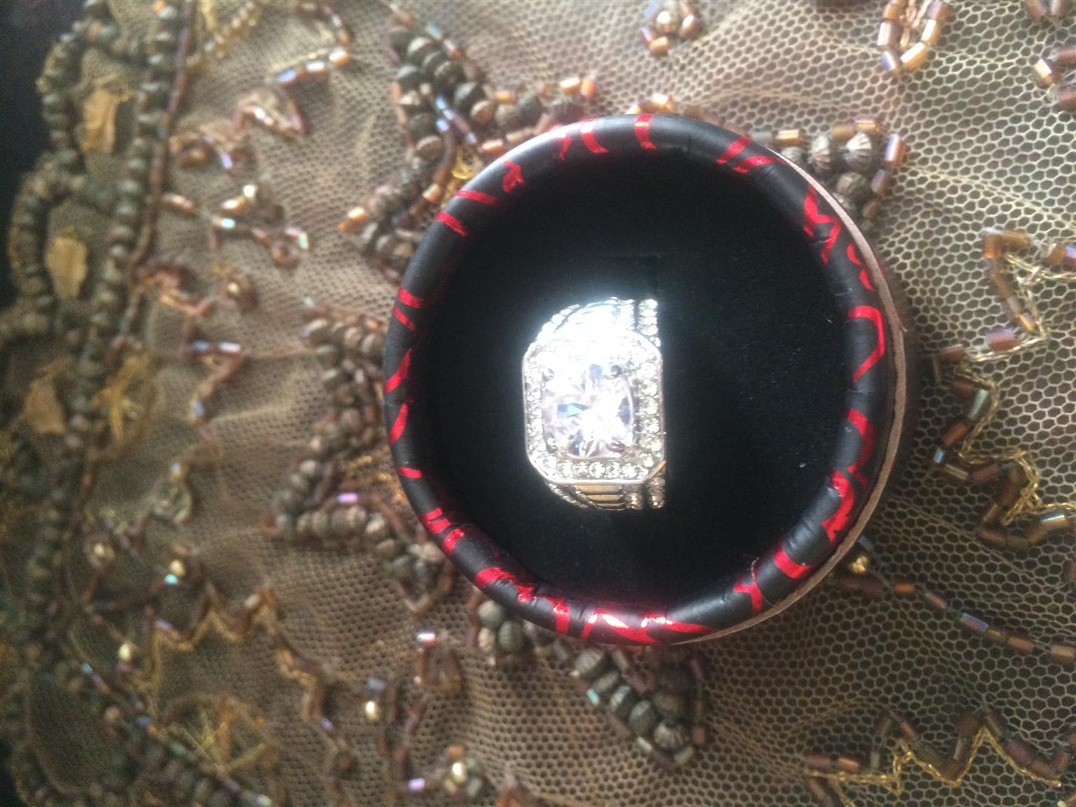 Ladies jewelry