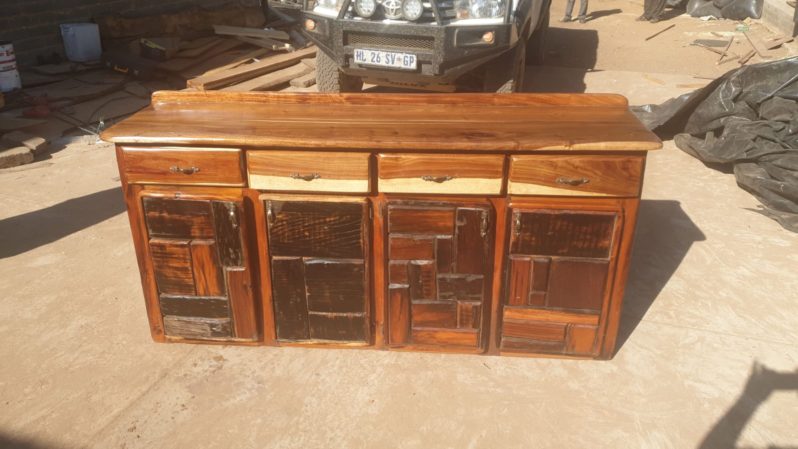 4 laai  kas. 4 drawer cabinet sleeper wood