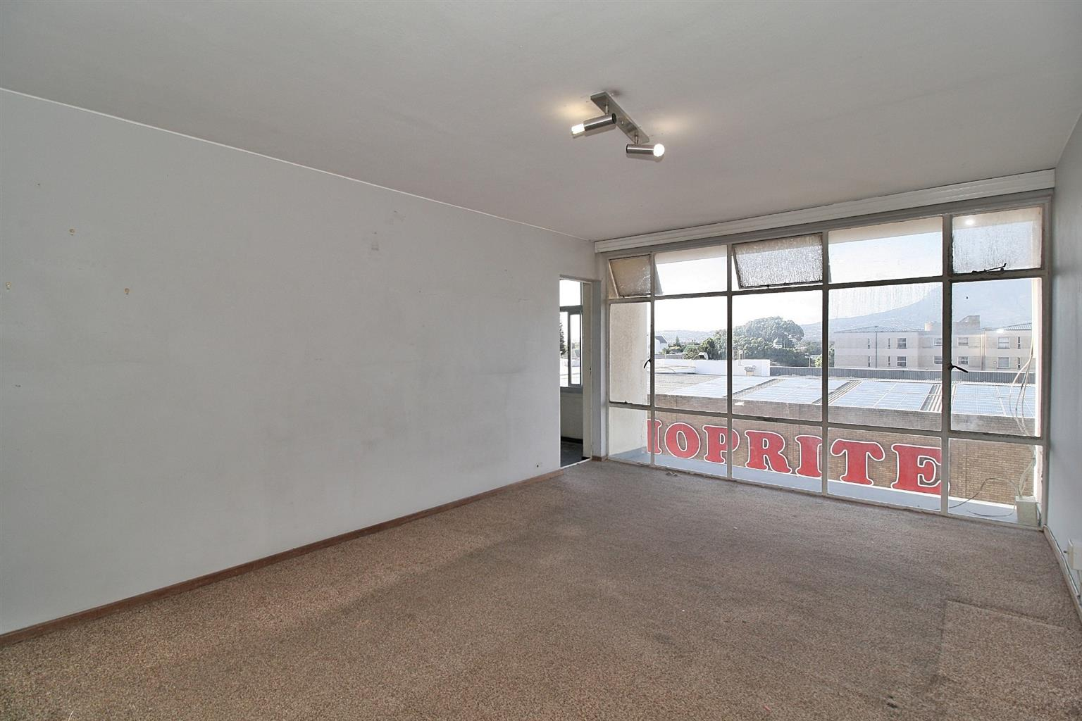 Apartment For Sale in Strand Central