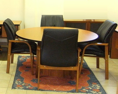 Boardroom Round Table With 4 Chairs