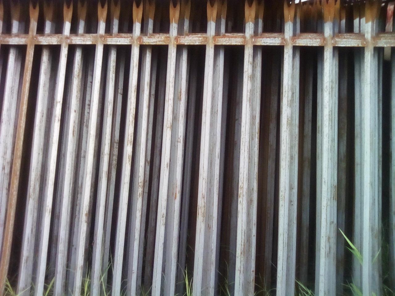 Steel pallasdes