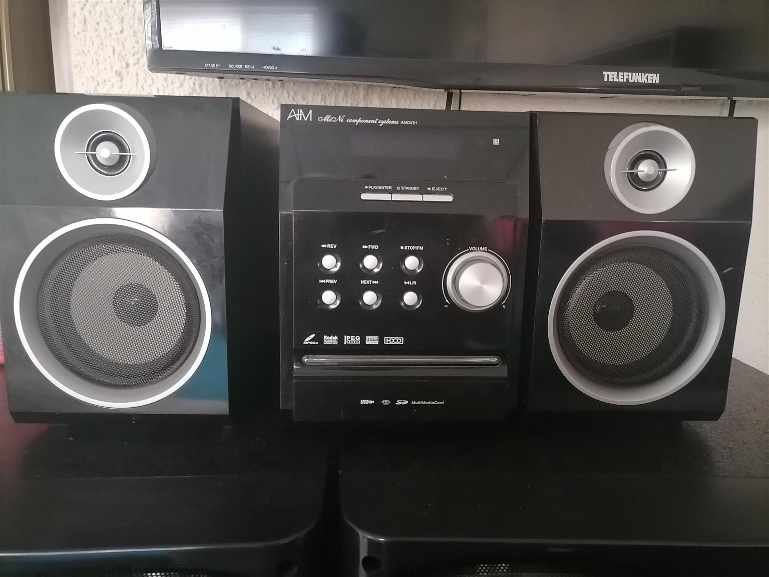 "39"" Telefunken led TV with mini hifi DVD player"