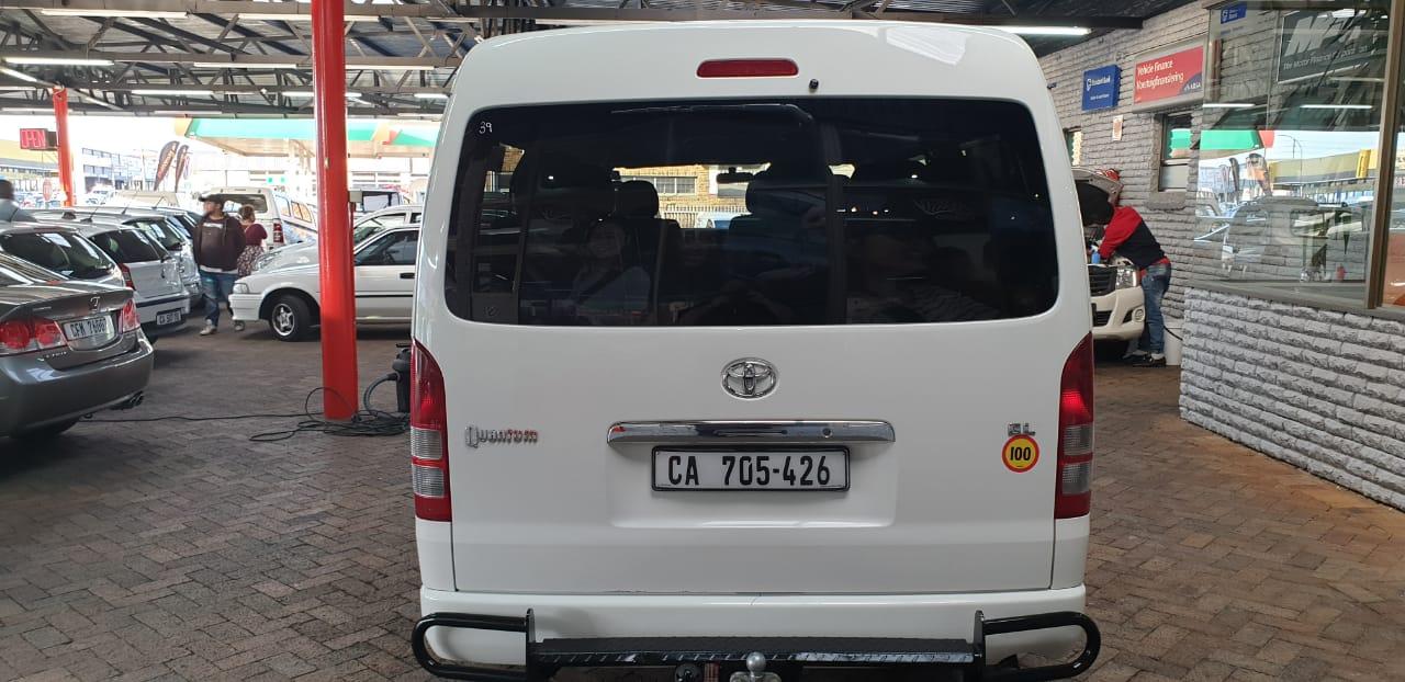 2014 Toyota Quantum 2.7 GL 10 seater bus