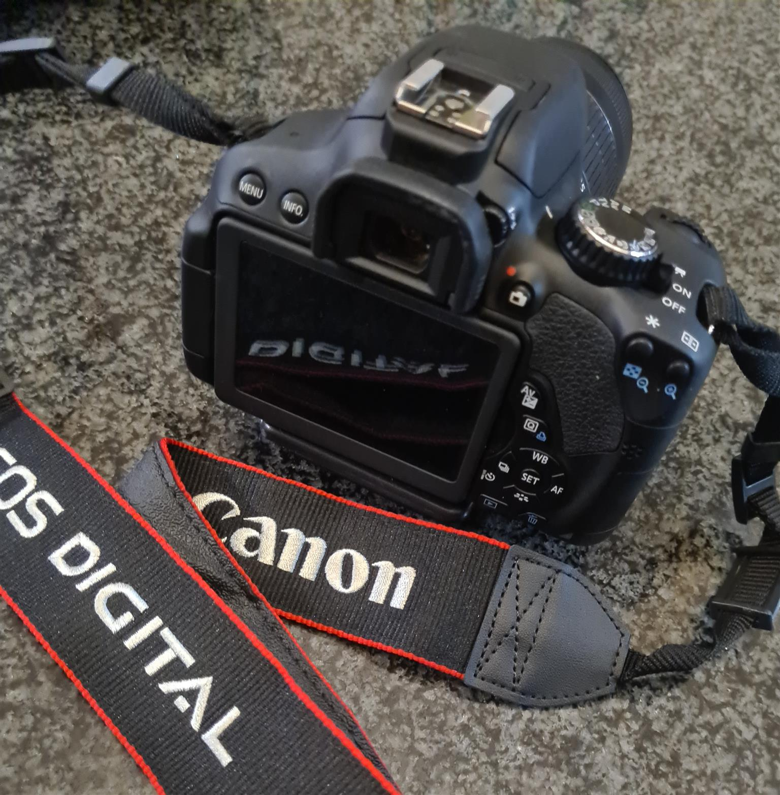 Canon EOS 650D and accessories
