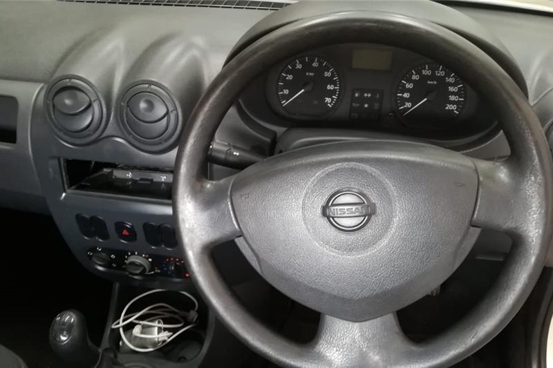 2008 Nissan NP200 1.6i (aircon)