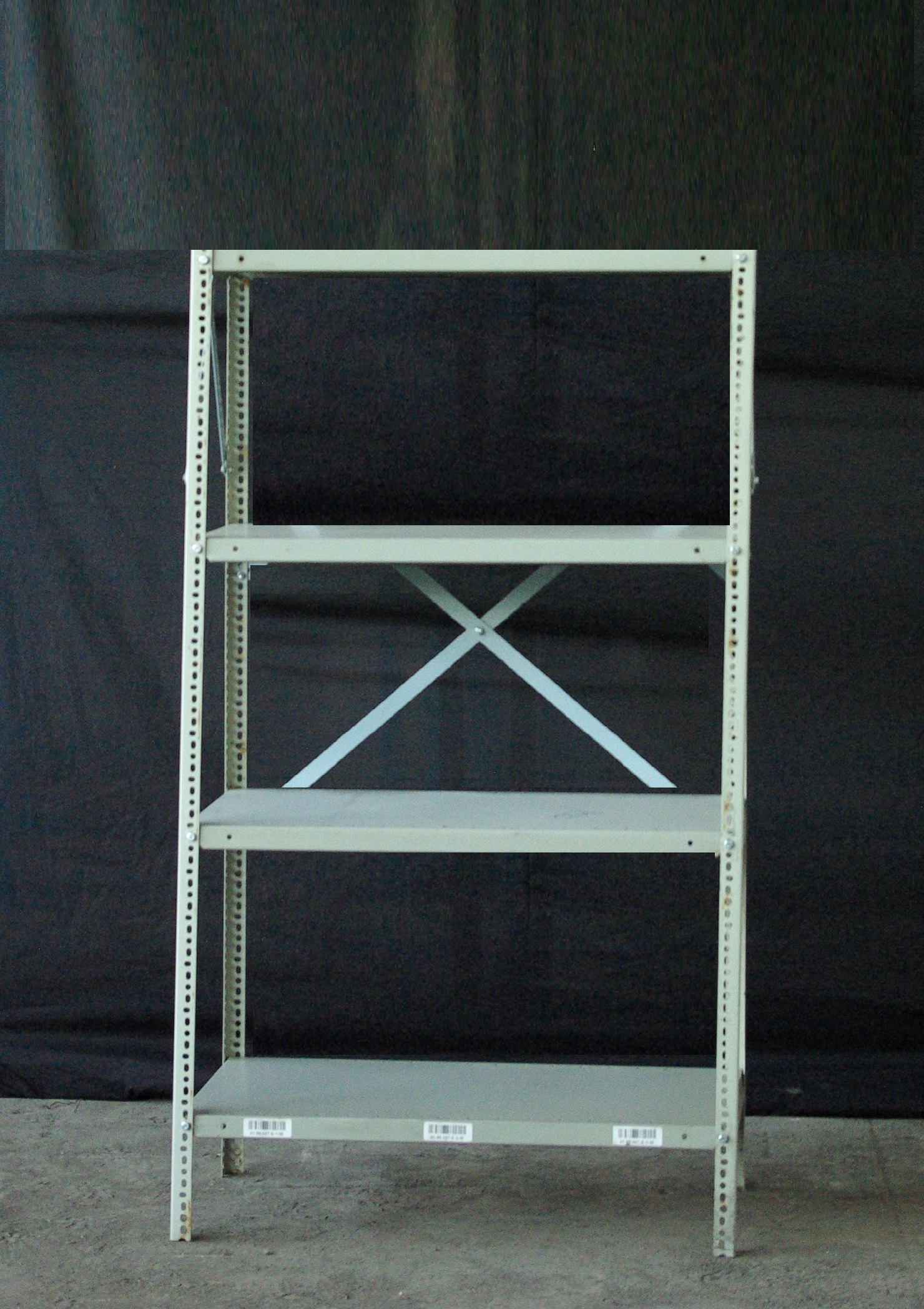 Used Bolted steel shelving