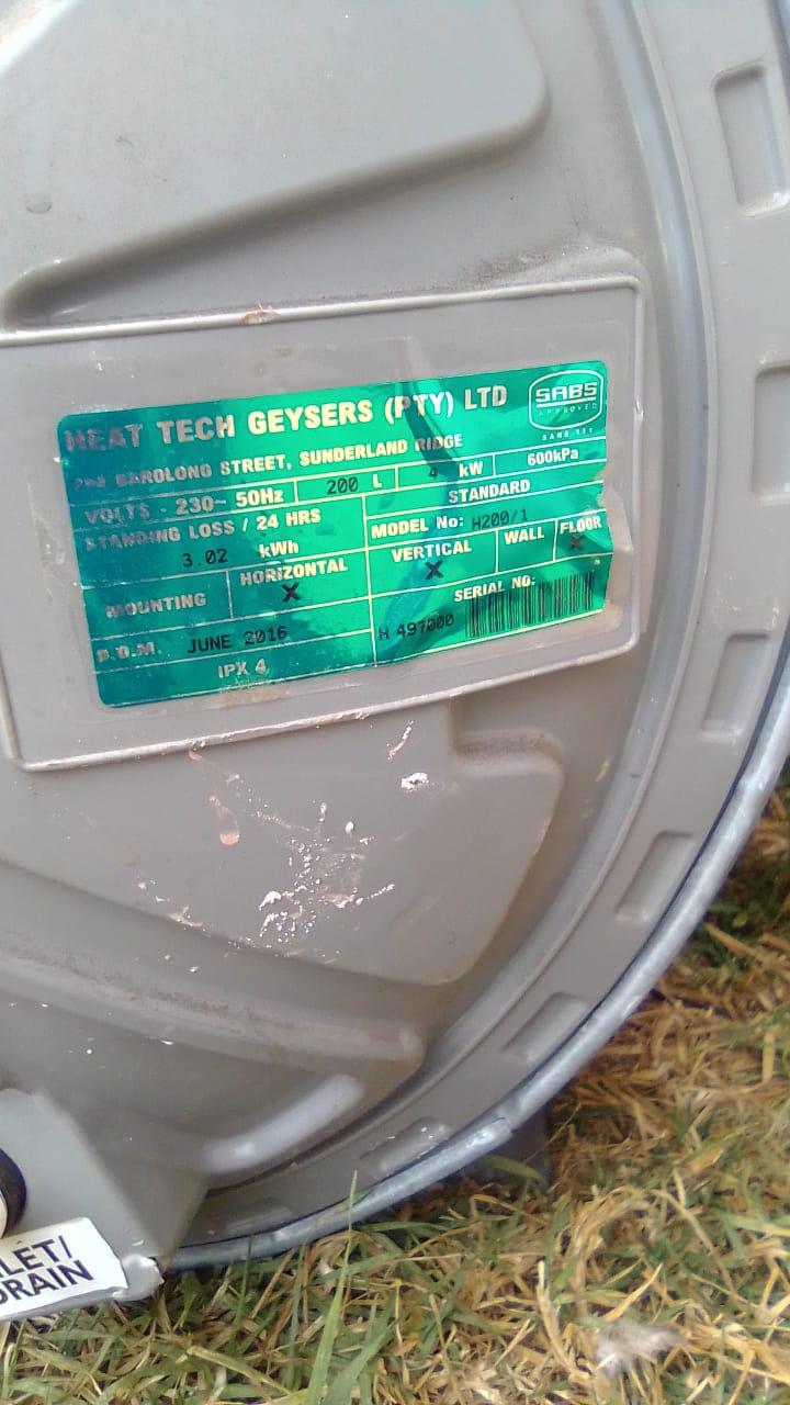 200L Heat Tech Geyser for sale
