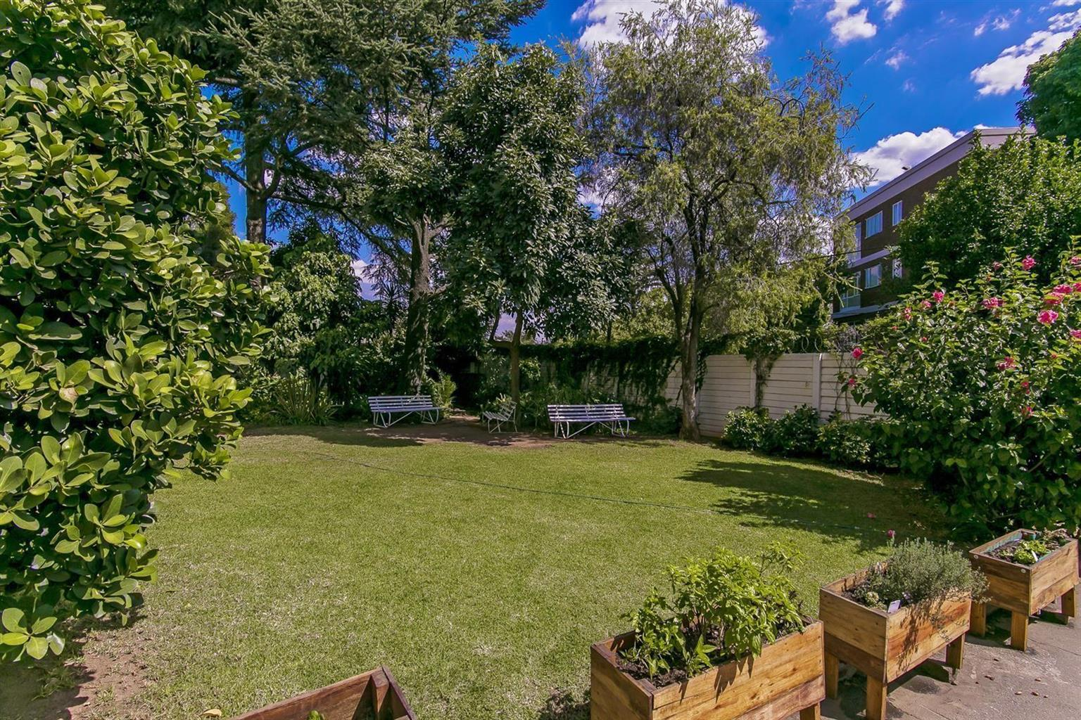 Apartment For Sale in Dunkeld