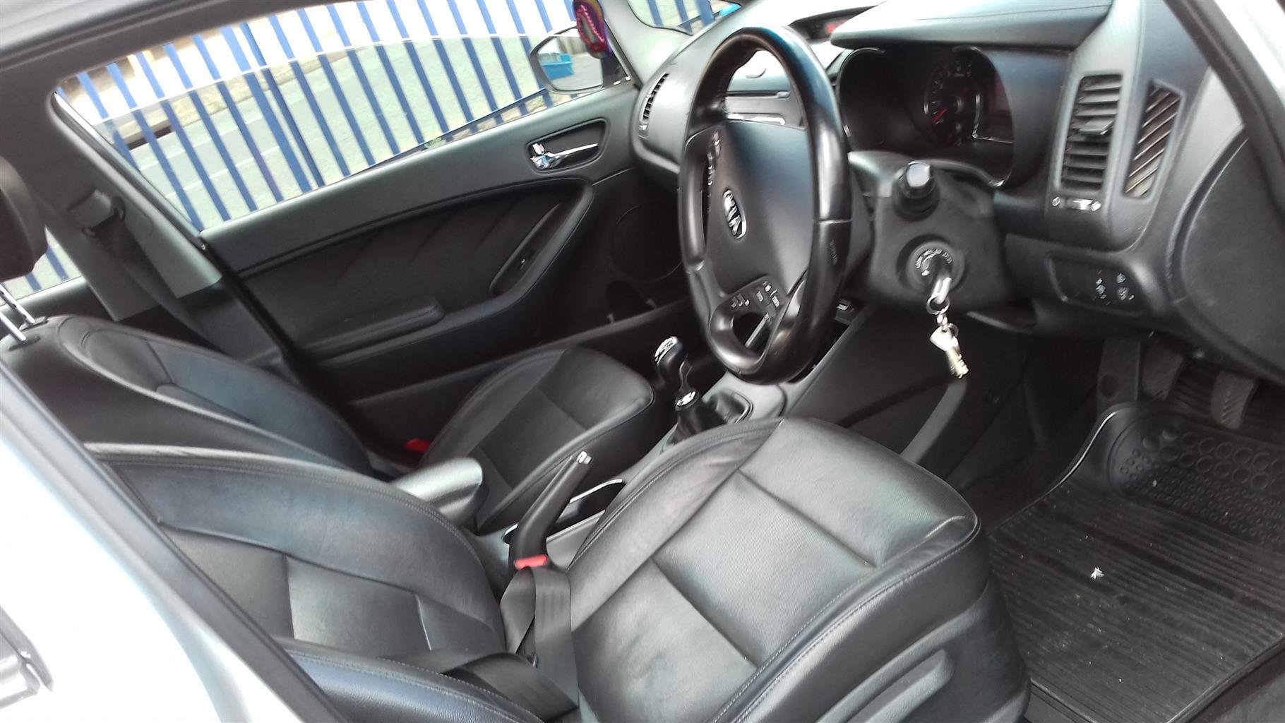 2014 Kia Cerato sedan 2.0 SX