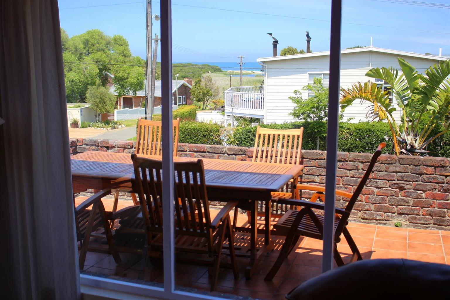 Hermanus/Onrus - spacious holiday apartment with sea views