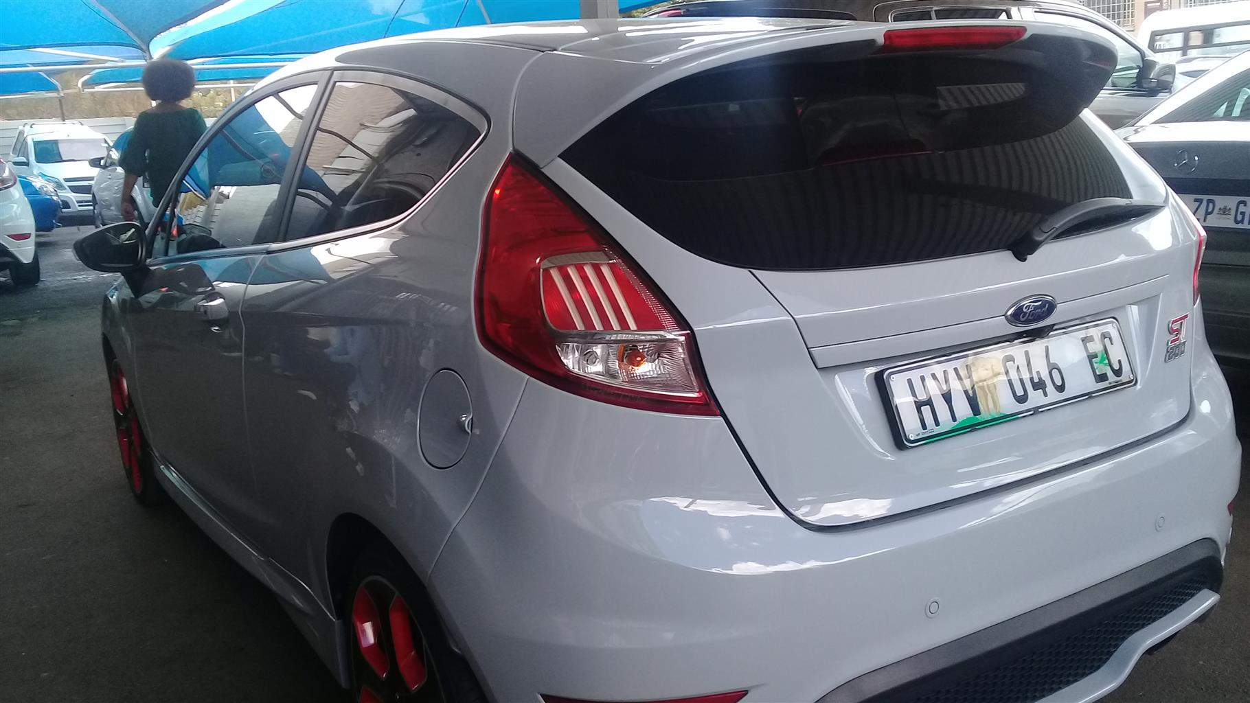 2017  Ford Fiesta ST-200 1.6 Engine Capacity with Manuel Transmission,