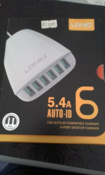 LDNIO 5.4A Auto-ID 6 USB Compatible Charger