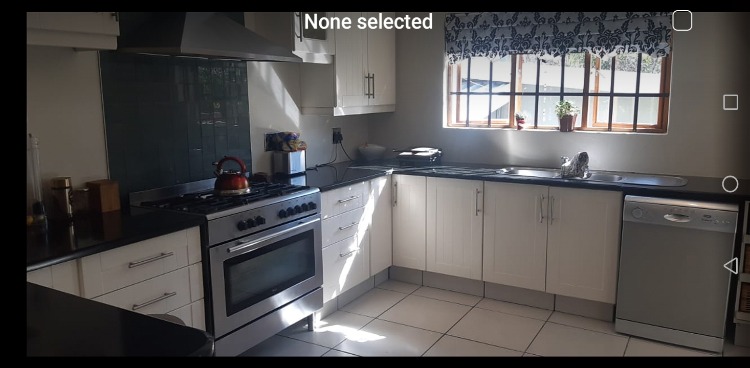 Property for sale in Kensington