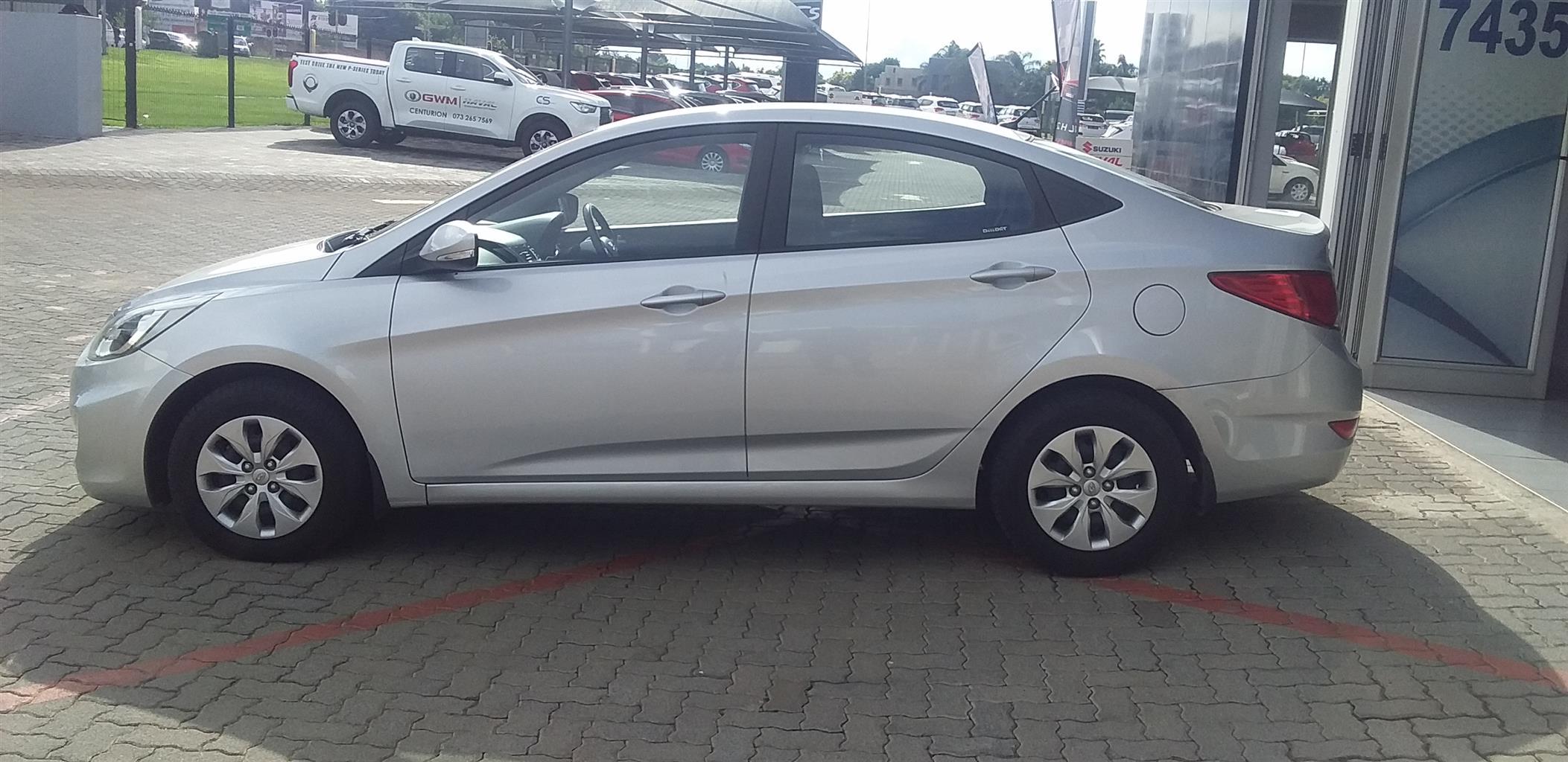 2016 Hyundai Accent sedan 1.6 Fluid