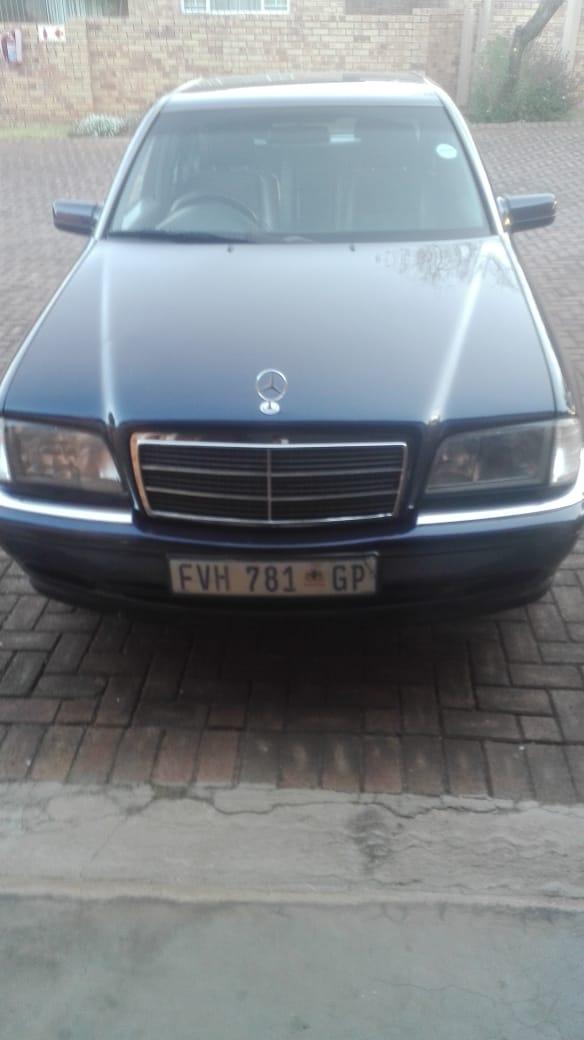 2000 Mercedes Benz 280C