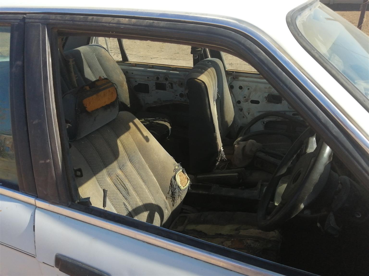1989 BMW 3 Series 318i