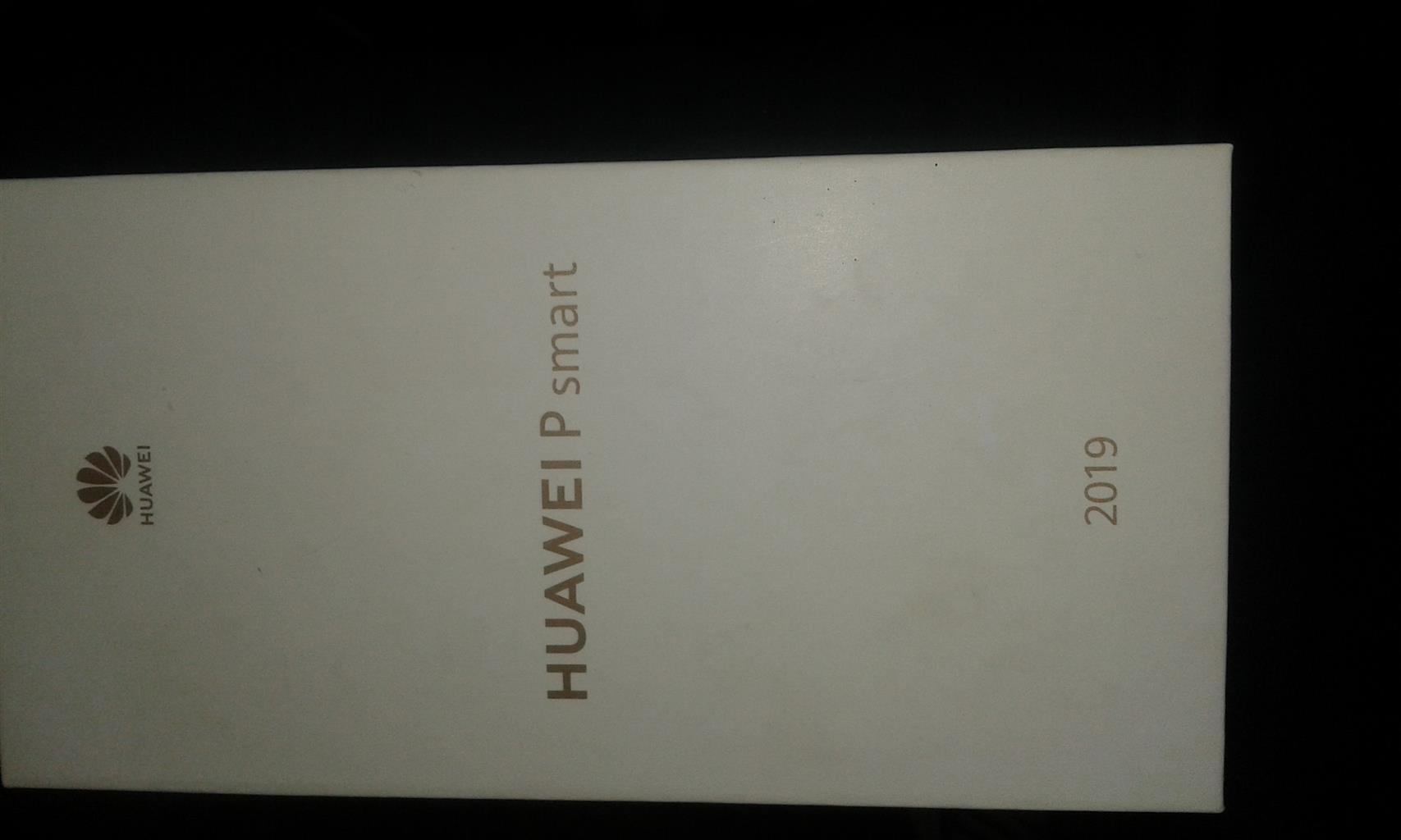 Huawei P smart 64g 2019 with box!