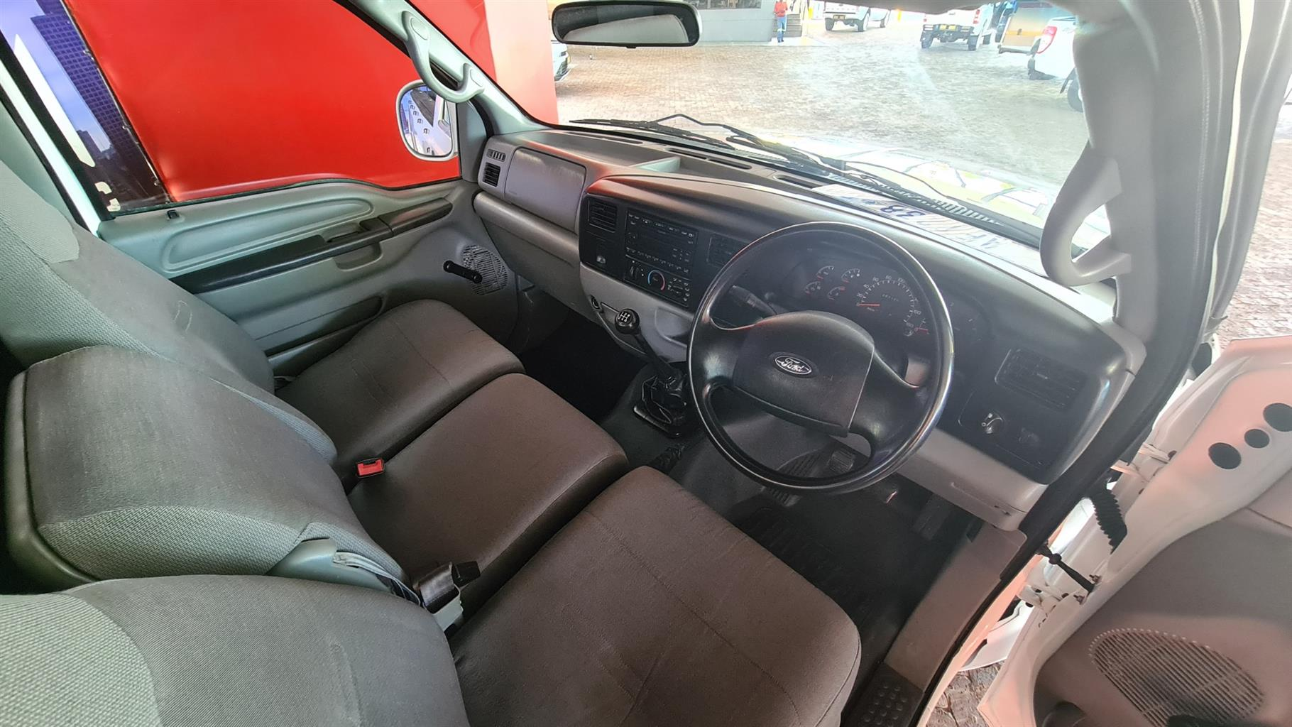 Ford F250 4.2 TDi 4x2
