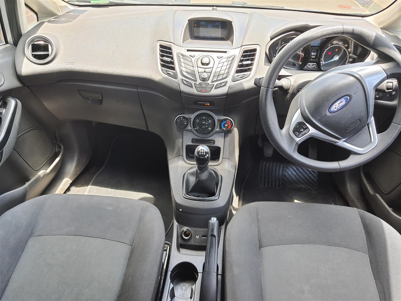 2013 Ford Fiesta 1.4 5 door Ambiente