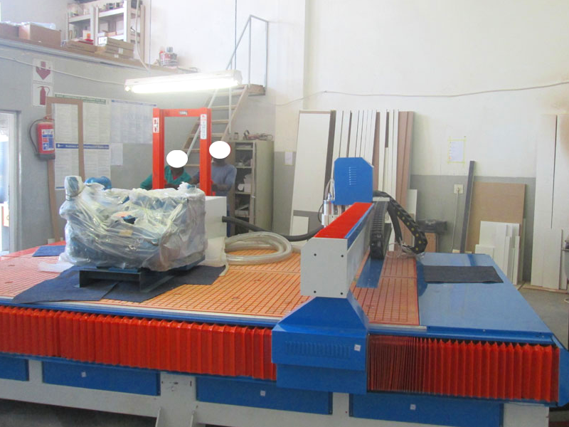 R-2040LK/55 EasyRoute 380V Lite 2050x4000mm PVC Clampable Vacuum CNC Router, 5.5kW High