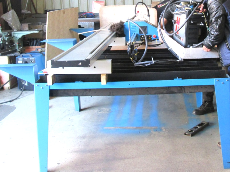 P-1313P MetalWise Lite CNC Plasma/Flame Dry/Water Cutting Table 1300x1300mm, Stepper Motor