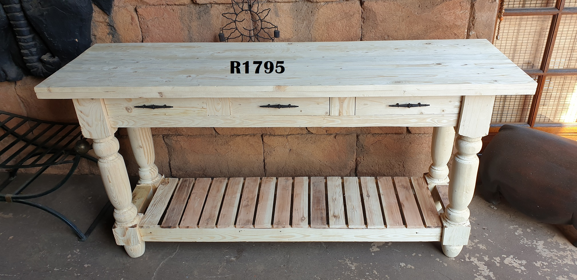 1.7m Server Table or Kitchen Isle (Drawers opens to both sides)(1700x500x860)
