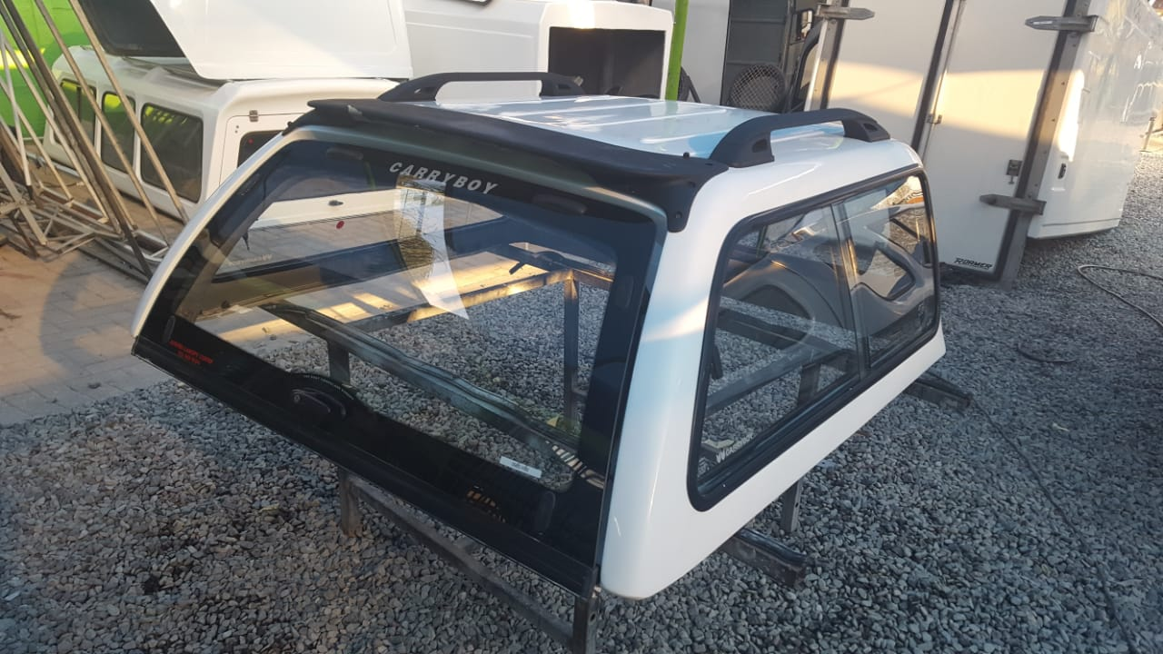 HILUX 99 DC CARRYBOY CANOPY 0980