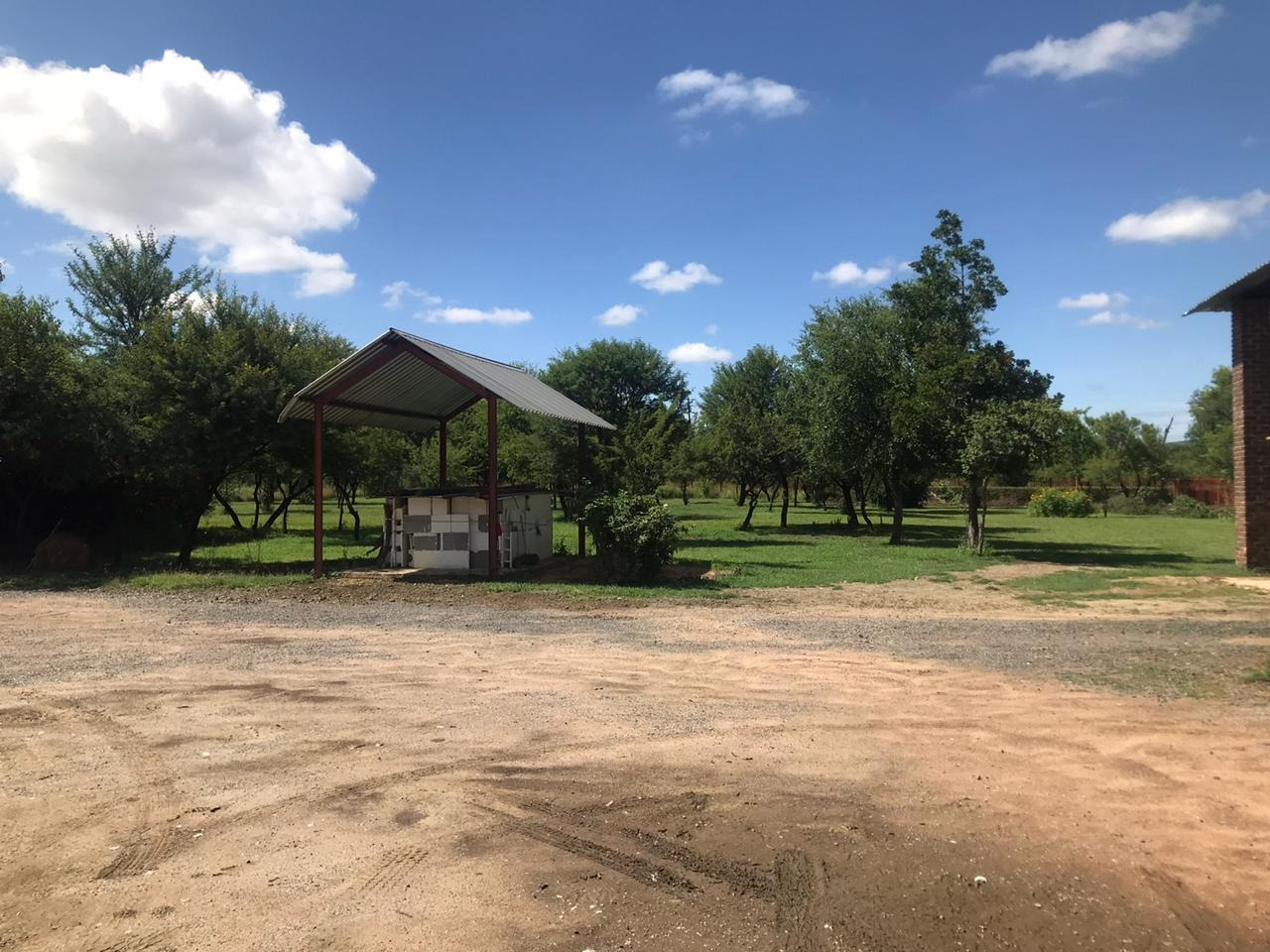 Small Holding For Sale in Onderstepoort