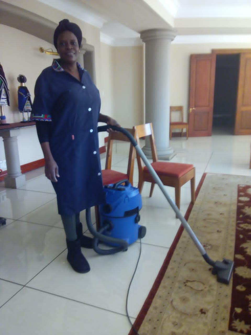 RESPONSIBLE ZIMBABWEAN DOMESTIC WORKER