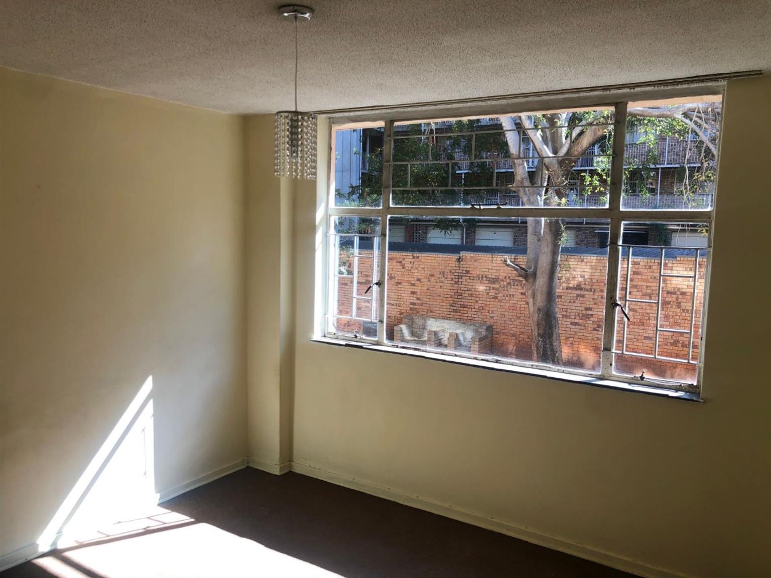 Flat Rental Monthly in WONDERBOOM SOUTH