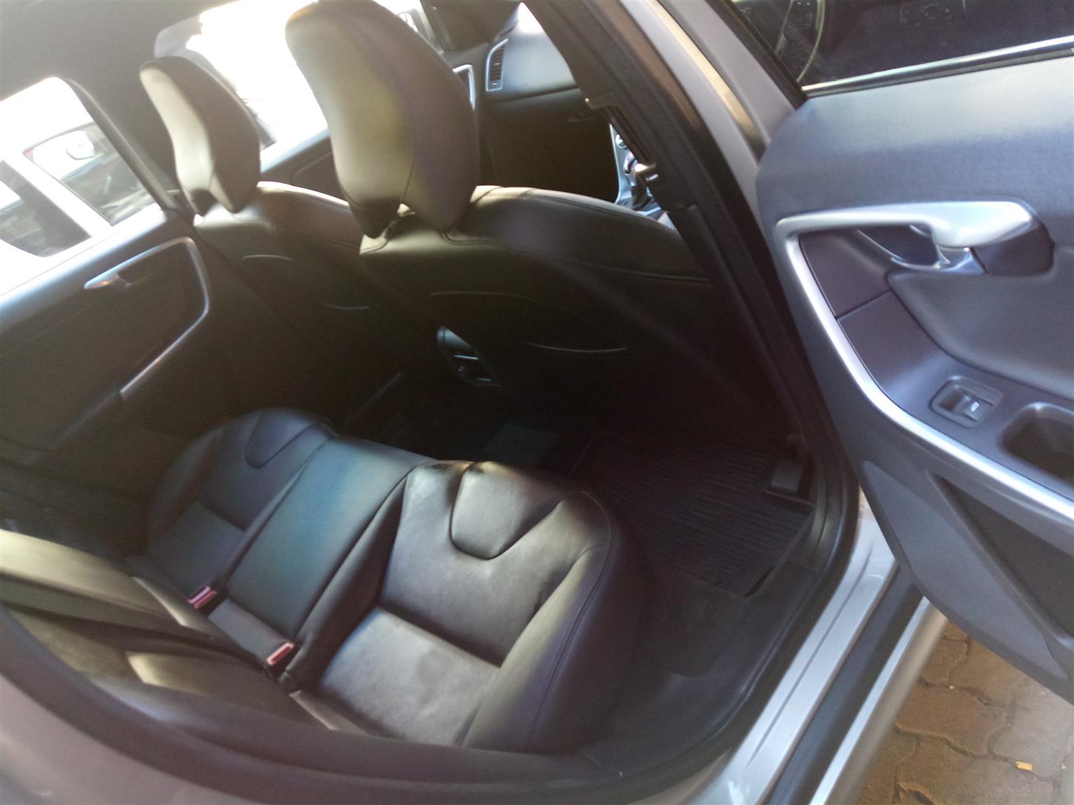 2016 Volvo XC60 D4 Elite auto