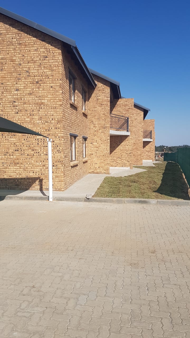 Beautiful face brick sectional title units for sale at reduced prices