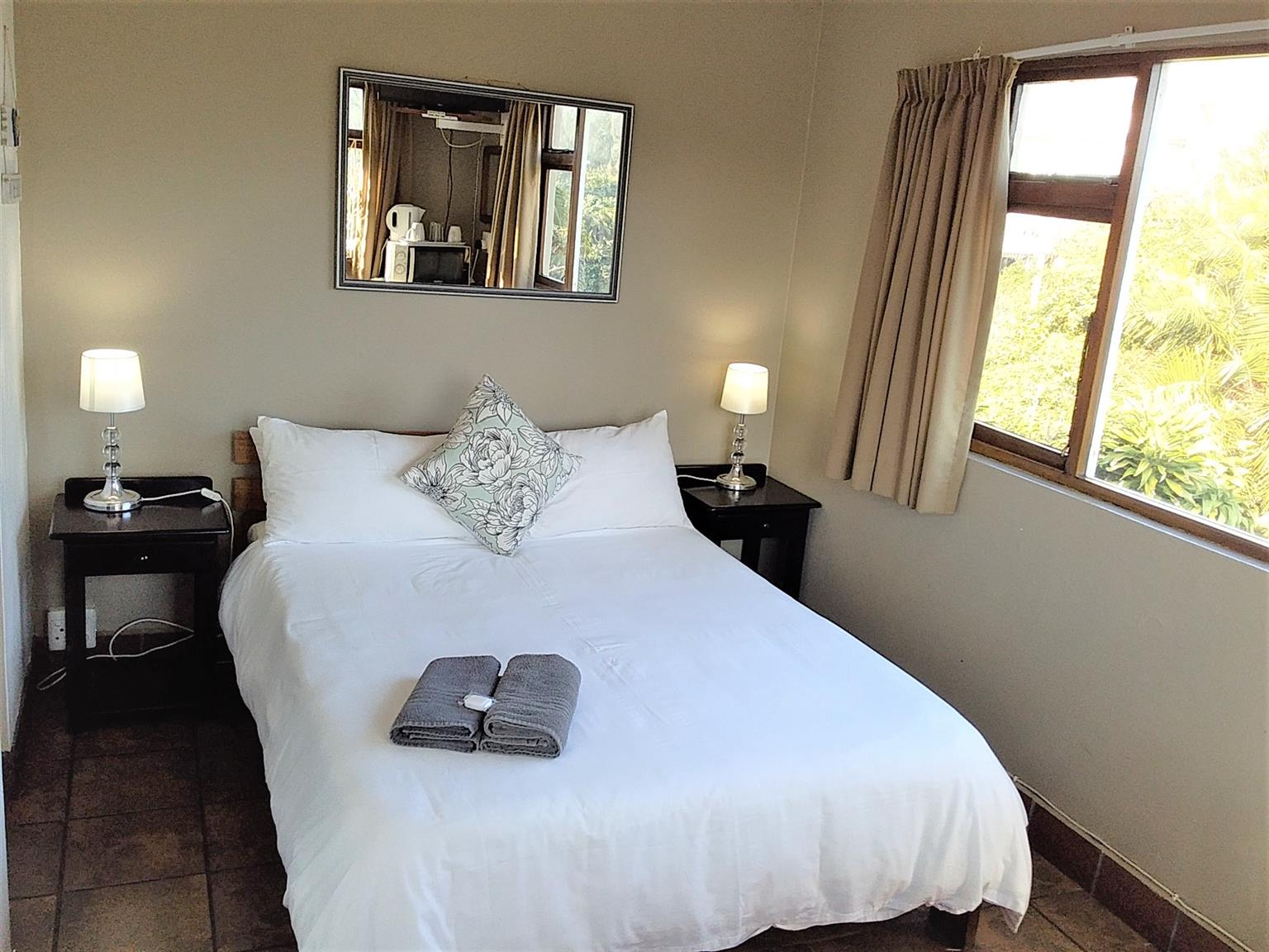 Affordable Accommodation with a Stunning Sea View GROUPS DISCOUNT FOR WORK GROUPS .
