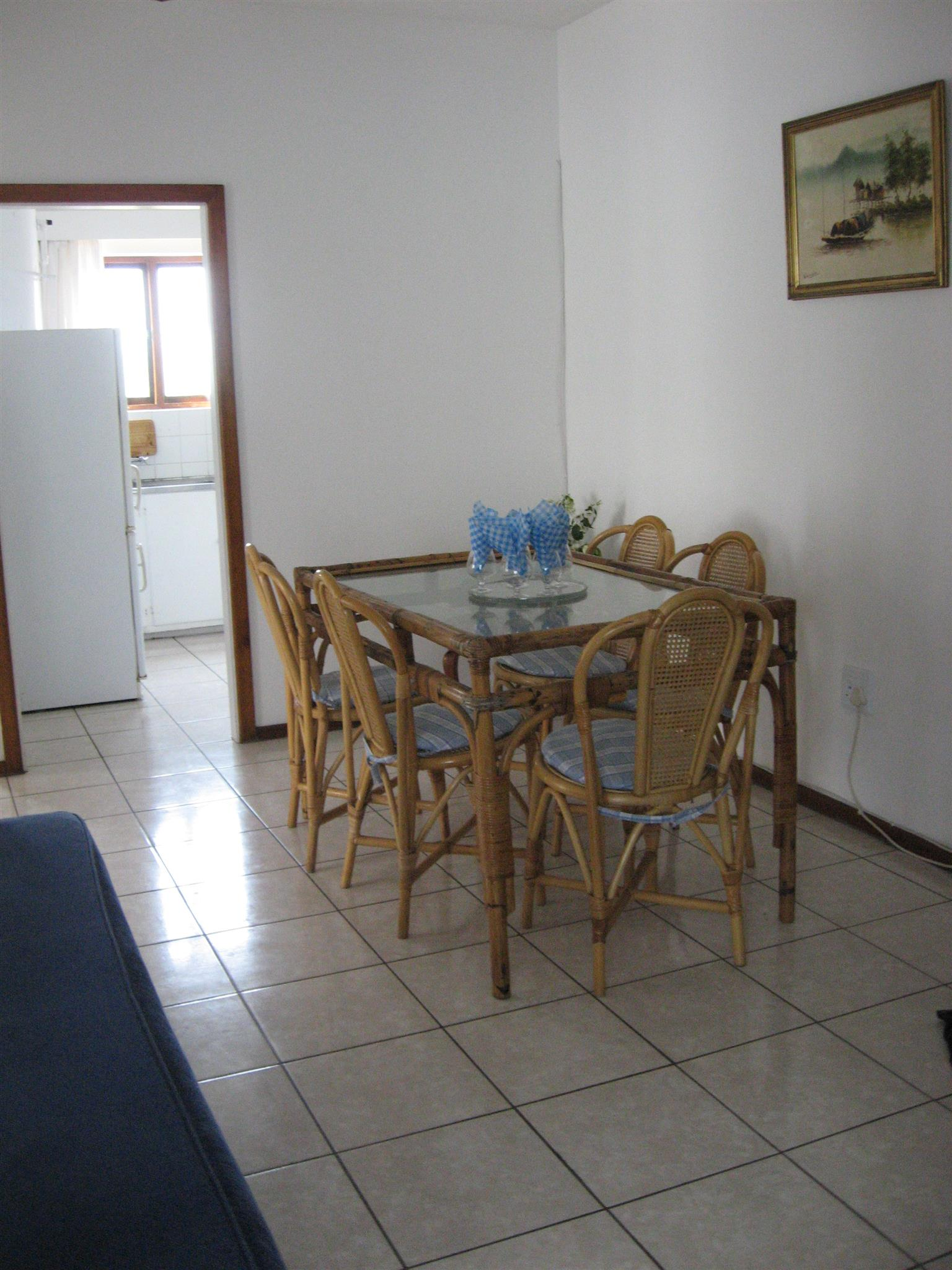 ST MIKE'S FURNISHED 2 BEDROOM 1st FLOOR FLAT FROM R2500 PER WEEK SHELLY UVONGO