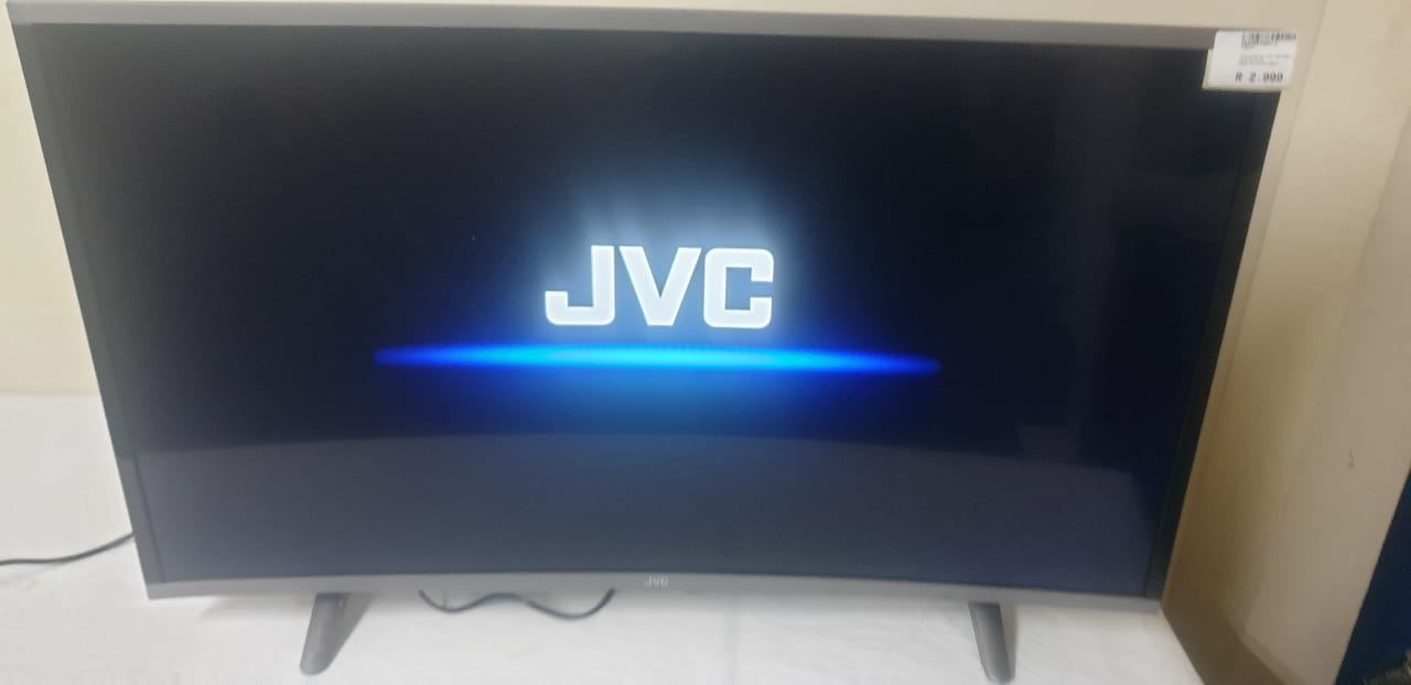 """Television JVC 40"""" Curved"""